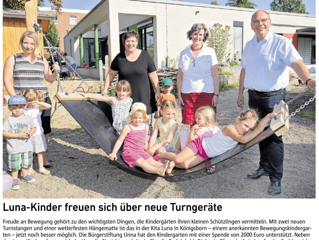 LUNA-Kinder freuen sich über neue Turngeräte