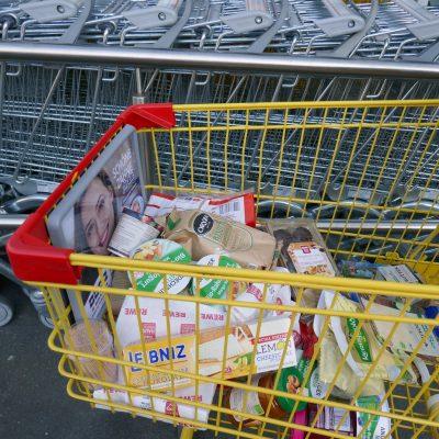 Einkaufsgutscheine für bedürftige Familien - weil wir zusammenhalten!